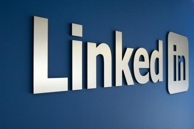 4 Power Tips To Generate Sales on LinkedIn That Most Users Miss
